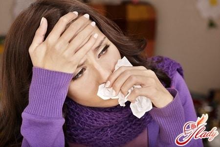 симптомом болезни может послужить заложенность носа