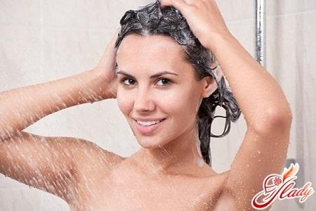 удаление касторового масла с волос