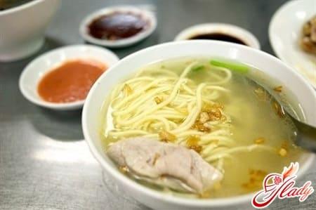 вкусный суп с домашней лапшой