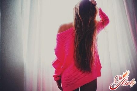 длинные волосы с помощью ленточного наращивания