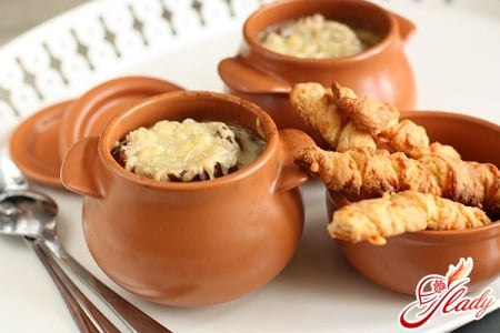 секреты приготовления лукового супа