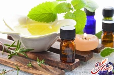 масло чайного дерева для ухода за волосами