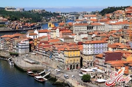 знаменитый город порту