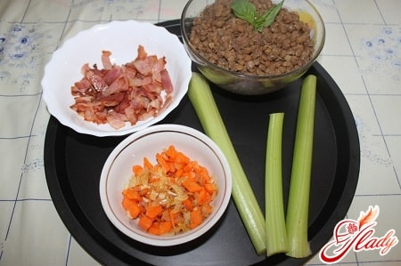 ингредиенты для чечевичного крем супа с беконом