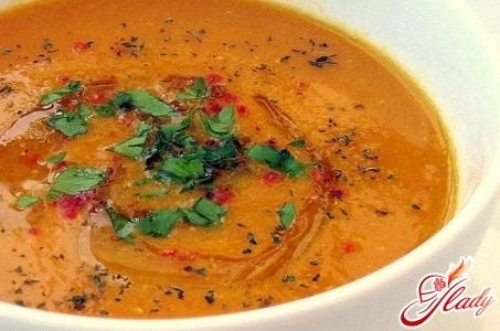 турецкий суп из чечевицы с приправами