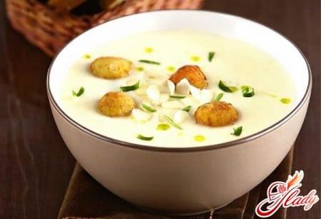 классический суп пюре с сырными шариками