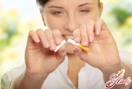 для повышения иммунитета следует избавиться от вредных привычек