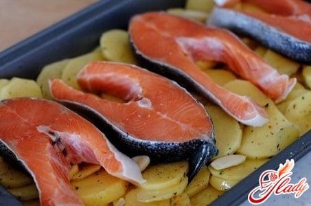 оригинальный рецепт форели с картошкой