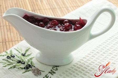 как приготовить соус из клюквы для мяса