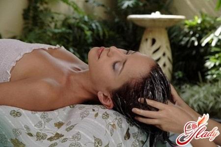 выпрямление волос косметическими средствами