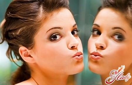 упражнения для зрительного увеличения губ