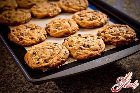 Вкусное печенье с кусочками шоколада