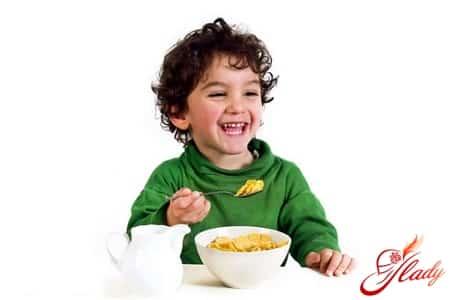 разнообразное питание детей после года