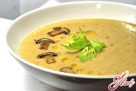 грибной суп пюре с зеленью