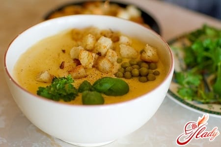 суп пюре с сухарями