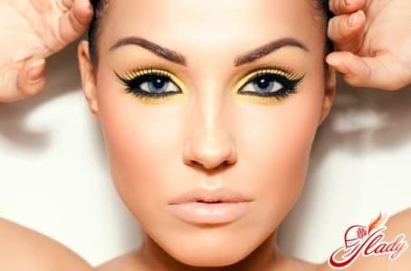 летний макияж для серо голубых глаз