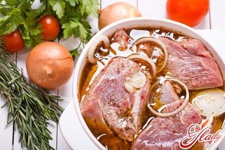 Как приготовить маринад для шашлыка из баранины