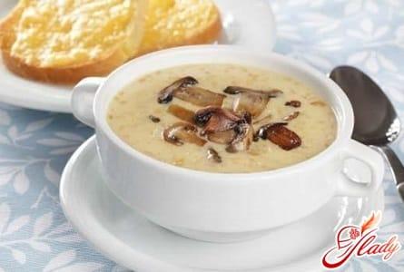 грибной крем суп с плавленным сыром