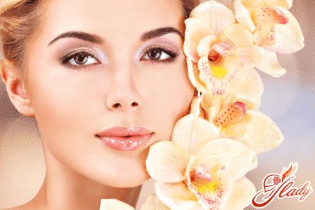 Защищаем кожу губ