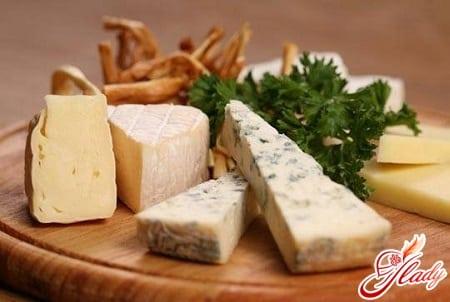 домашний сыр с зеленью