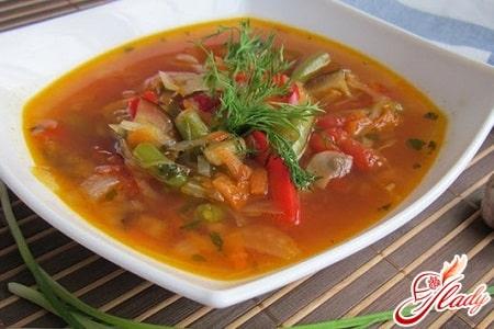 простой овощной суп с баклажанами