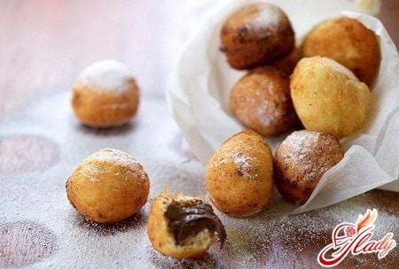 творожные пончики с шоколадной начинкой
