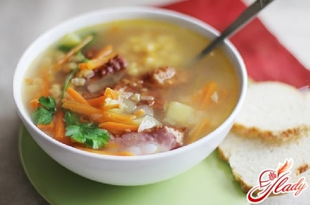 гороховый суп с салями