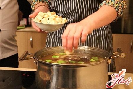 варка грибного супа