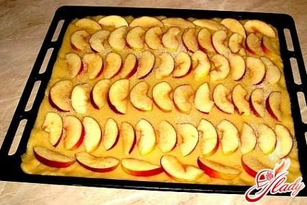вкусный постный пирог с яблоками
