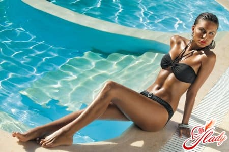 Польза плавания для груди
