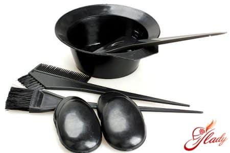 Необходимые инструменты для окрашивания волос