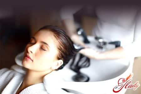 Увлажнение волос в салоне