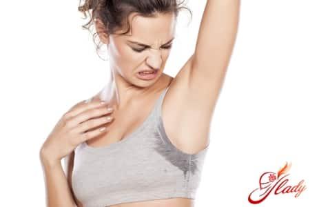 Проблема гипергидроза у женщин