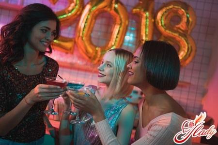 Love Forever вечерние и коктейльные платья на новогоднюю вечеринку