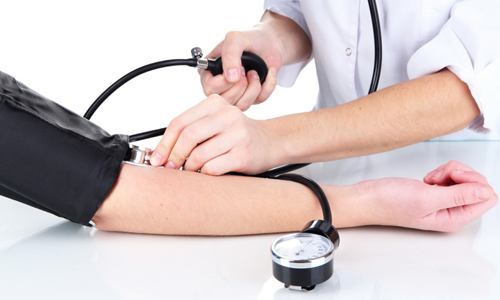 Для панкреонекроза геморрагического характера характерны скачки артериального давления