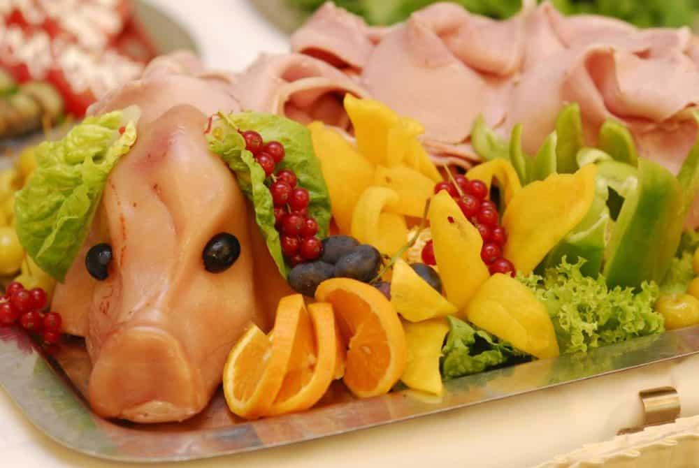 Что приготовить на Новый год свиньи: лучшие рецепты с фото