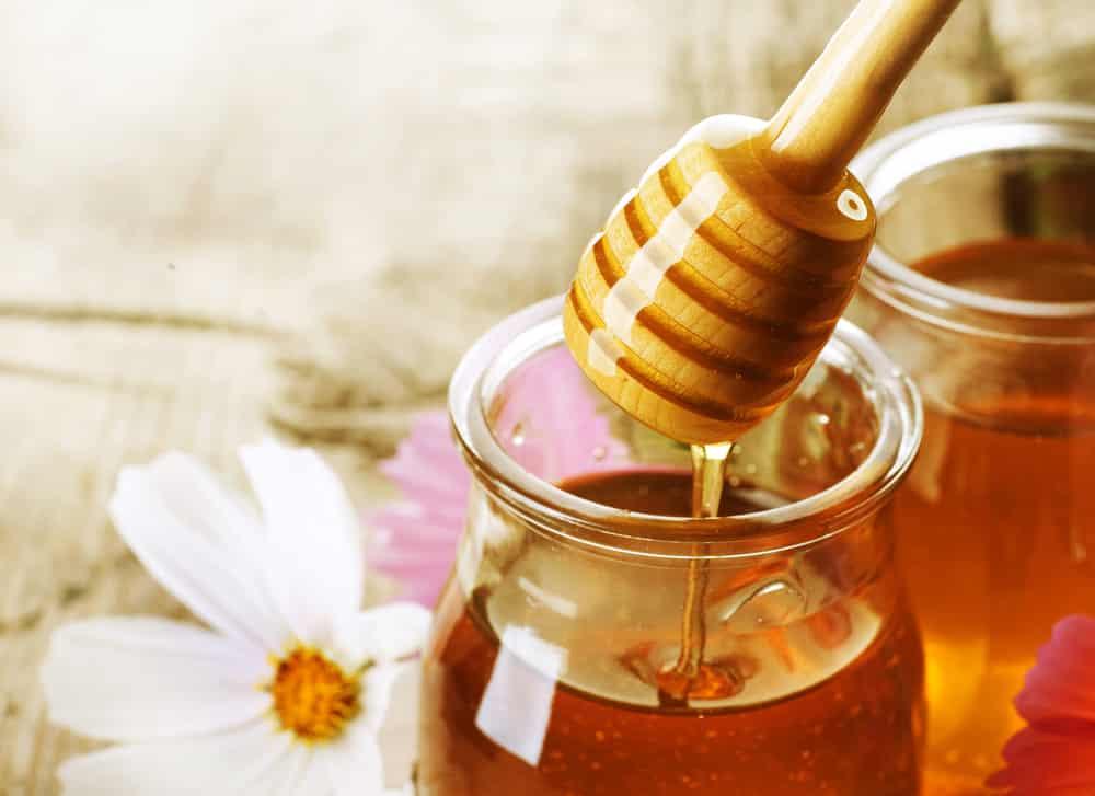 Как отличить натуральный мёд от фальшивки и проверить его качество