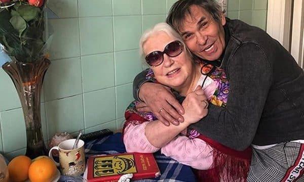 Бари Алибасов и Лидия Шукшина поженились - последние новости