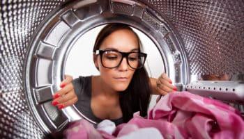 Как самостоятельно почистить стиральную машину