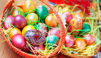 Когда красят яйца на Пасху в 2019 году?